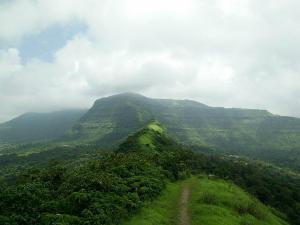 Explore Memorable Winter Treks Maharashtra
