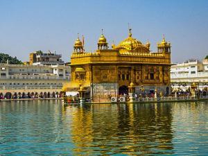 Amritsar Beyond Golden Temple Wagah Border Jallianwala Bagh Hindi