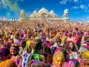 Top 5 Best Places Celebrate Holi 2018 India With Bash Hindi