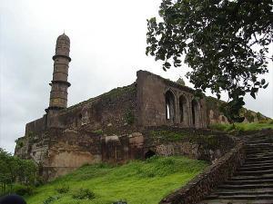 Mystery Behind Asirgarh Fort Burhanpur Madhya Pradesh India