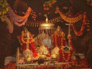 Irctc Offering Vaishno Devi Tour Package From Delhi Just Rs 2500 Hindi