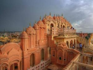 Delhi Pushkar Ride Bursting With Hues Hindi