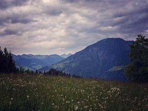 Best Monsoon Destination In Himachal Pradesh Hindi