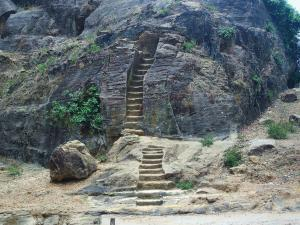 Places To Visit In Pachmarhi
