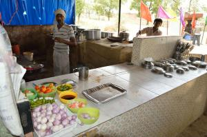 Best Highway Dhabas Of India For Your Roadtrips