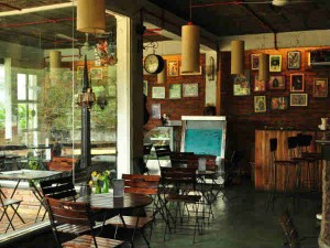 Best Book Cafes India Hindi
