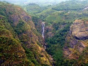 Waterfalls In Tamilnadu Hindi