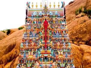 Aarupadai Veedu The Six Abodes Lord Muruga Tamil Nadu Hindi
