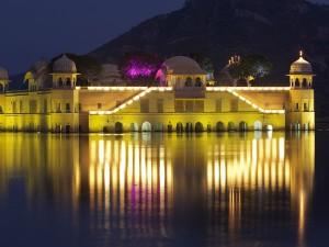Top 6 Honeymoon Destinations Rajasthan Hindi