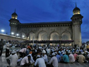 Visit These 6 Magnificent Mosques India Hindi