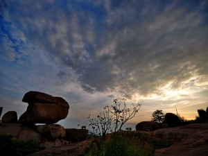 Exploring Hampi The Offbeat Way Hindi