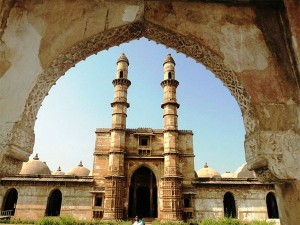 Visit Champaner Historical Treasure Trove Gujarat Hindi