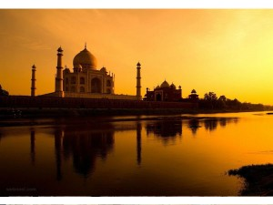 Taj Mahal 2nd Best Unesco World Heritage Site After Angkor Wat Hindi