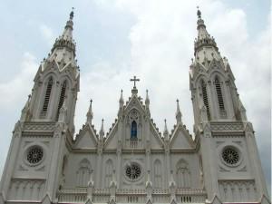 Visit These 5 Famous Churches Kerala Celebrate Christmas