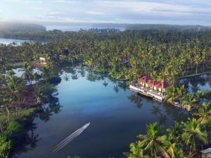 This Summer Take Trip God S Own Country Kerala Hindi