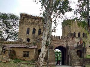 Topmost 5 Historical Sites You Must Visit Near Dharamsala Himachal Pradesh Hindi
