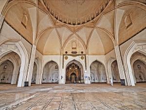 Historical Places To Visit In Bijapur Karnataka Hindi