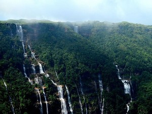 Famous Waterfall In North East Hindi