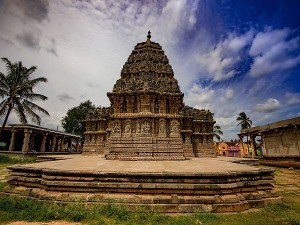 Eye Catching Temples In Hassan District Karnataka Hindi