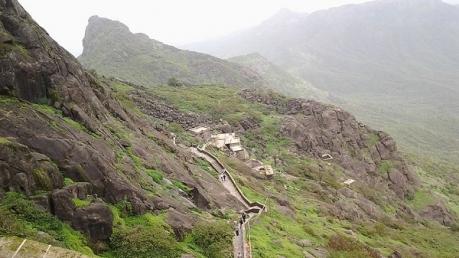 गर्मियों के लिए सबसे खास जूनागढ़ के लोकप्रिय पर्यटन स्थल