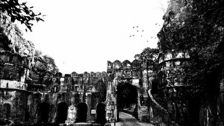 अद्भुत : जानिए क्यों राजस्थान के इस मंदिर को कहा जाता है चमत्कार टेंपल