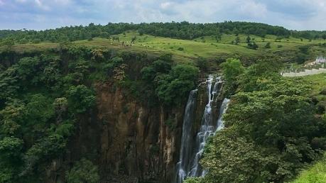 पातालपानी : पाताल तक जाता है मध्य प्रदेश के इस जलप्रपात का पानी