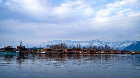 जम्मू-कश्मीर के श्रीनगर में घूमें ये 10 ऑफबीट जगहें