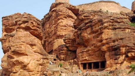 कर्नाटक के बादामी की यात्रा क्या करें