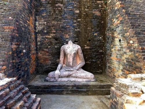 बिहार के केसरिया में मौजूद है विश्व का सबसे बड़ा प्राचीन बौद्ध स्तूप