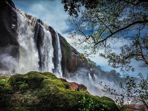 केरल : चलाकुडी में घूमने लायक पांच सबसे खूबसूरत स्थल