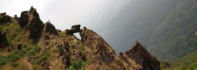 कर्नाटक : पर्यटकों के लिए खजाने से कम नहीं है बाबा बुदनगिरी हिल्स