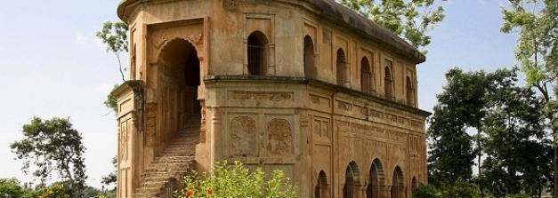 असम भ्रमण के दौरान इन प्राचीन किले और महलों को देखना न भूलें