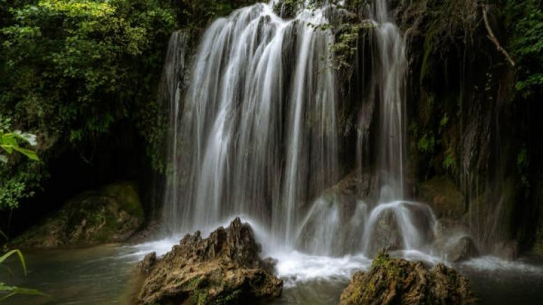 उत्तर प्रदेश में लें झरनों के सौंदर्य का आनंद